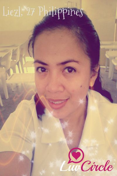 #Chat with Liezl, 27 from Philippines. She's waiting for a one true love!..Visit her profile http://ow.ly/yDfmt via #LuvCircle.