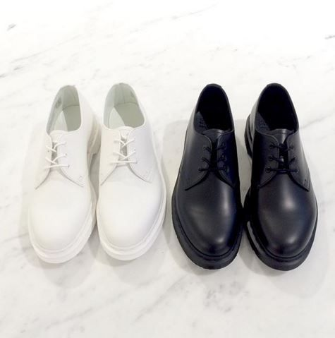 The White and Black Mono 1461 shoes. Shared by archive1820 on Instagram.