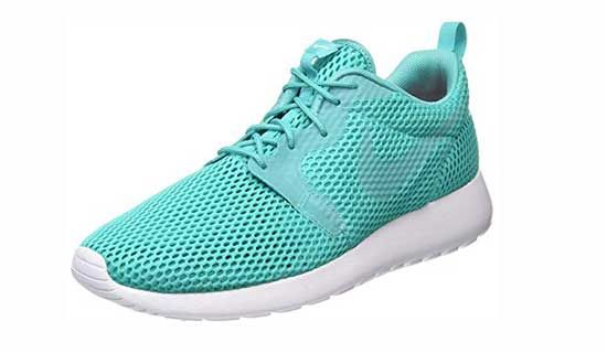 Nike Tanjun Vs Roshe Review What S The Difference Sportsly Nike Casual Shoes Nike Basketball Shoes Nike Tanjun