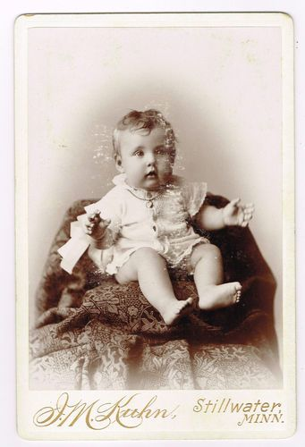 Little Toddler in Stillwater Minnesota by J M Kuhn 1890's Cabinet Photo | eBay: