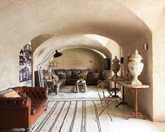 Méchant Design: house tour: a farmhouse in Spain