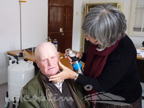 Rastreios - Todos os anos, a Câmara Municipal de Alcoutim promove rastreios de cancro de pele e tratamentos.