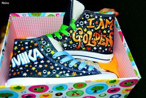 chaussure converse avec dessin