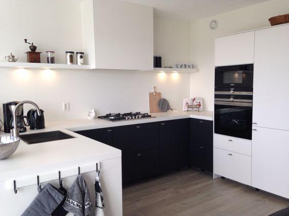 Keuken Ikea Hyttan zwart geschilderd  Ideeën voor het huis ...