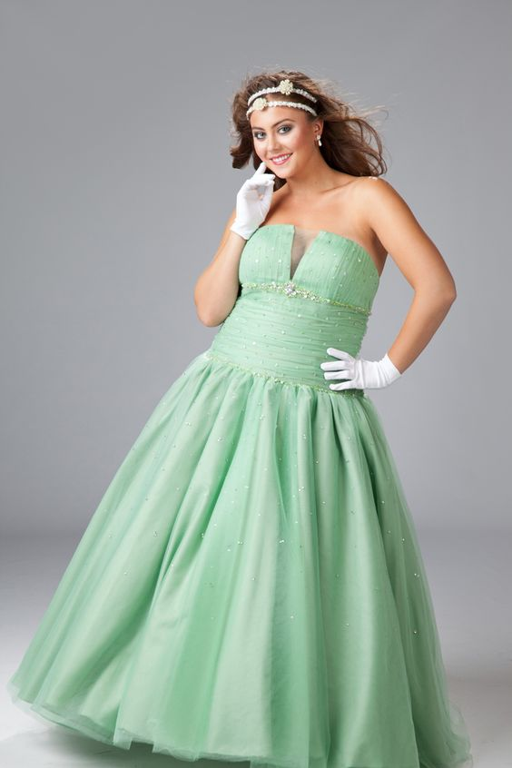 Prom Princess: Ball Gowns, Formal Dresses, Size Fashion, Plus Size Dresses, Green Evening Dresses, Long Evening Dresses, Beautiful Prom Dresses, Tulle Ball, Plus Size Prom Dresses
