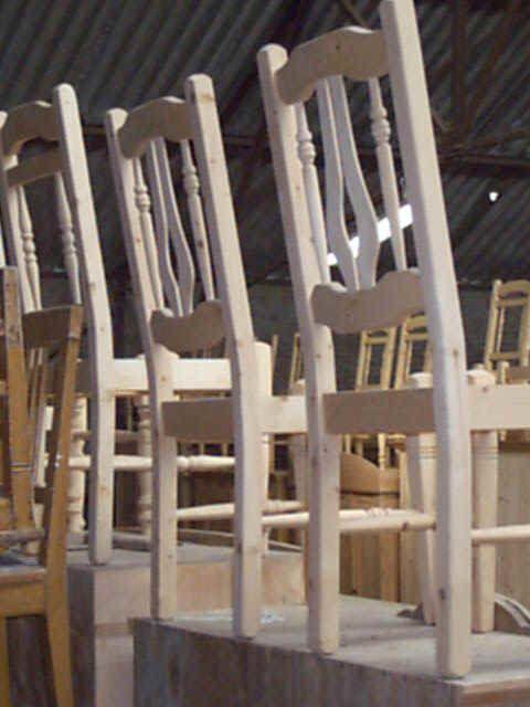 Oude antieke stoelen en meubels om zelf te schilderen bij het inboedelhuis meubel sites - Meubels om zelf te schilderen zelfs ...