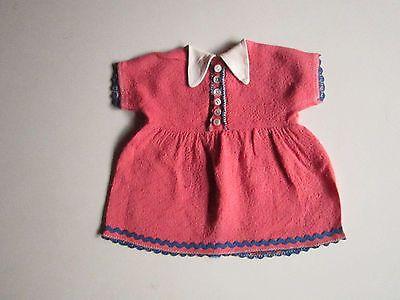 Schoene-alte-Puppenkleidung-Superschoenes-rosa-Kleid
