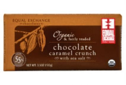 Organic Chocolate Caramel with Sea Salt (55%). Satisfy your sweet and salty cravings all at once with crunchy caramel bits and sea salt crystals in a rich chocolate bar:) Equal Exchange partners with farmer-owned cooperatives in the Dominican Republic, Panama, Peru and Ecuador to source high-quality organic cacao. Their chocolate bars are also made with fair trade sugar from Paraguay and vanilla from Madagascar! Brought to you from Whole Foods! #greendorm