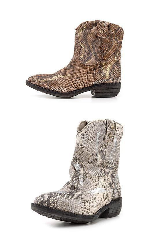 Stylishe Stiefeletten aus echtem Leder in trendiger Reptil-Optik von #Liebeskind #Shoes