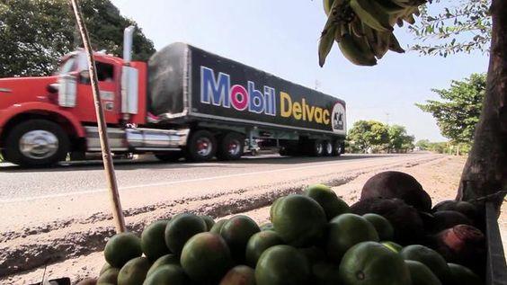 Esta es una pieza basada en 4 historias de diferentes conductores de camiones que recorren las carreteras de Colombia.  Fue una serie documental para Exxon Mobil donde se exponen las vivencias de los tractomuleros colombianos y se ve el desempeño de la máquina.