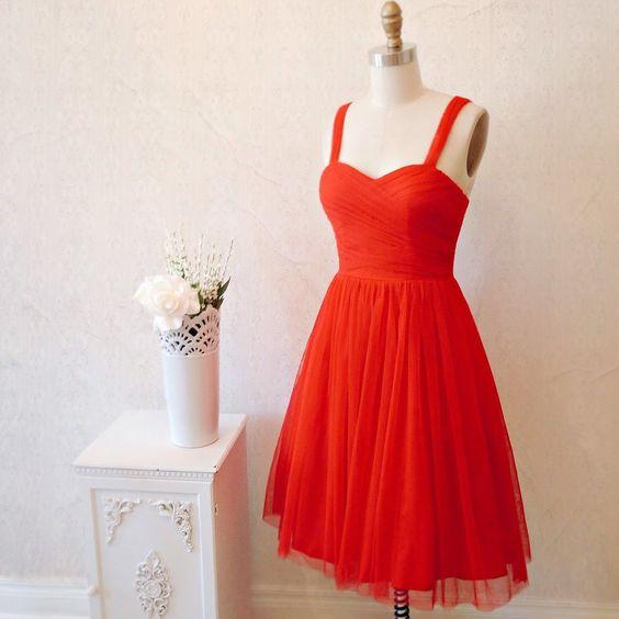 Maëlen Fire  (aussi disponible en blanc et en rose @boudoir1861)  #boutique1861 #tulledress #redtulle #bridesmaiddress #wedding #promdress #lookbook #fashiondiaries #montreal by boutique1861