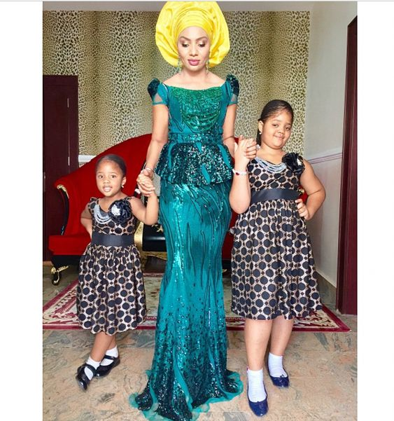 New WDN's Aso Ebi Collection Is Chic & Elegant For Stylish Women: Be Ready To Be Wowed - Wedding Digest NaijaWedding Digest Naija: