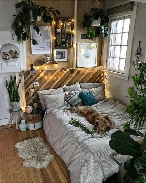 36 Best Aesthetic Room Decorations To Copy Now Homeridian Com Bedroom Decor Home Decor Room Inspiration