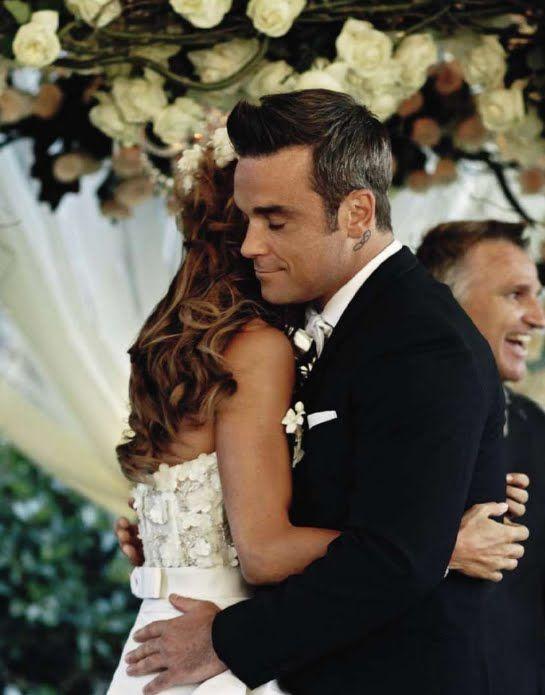 Pin By Jeanette Goodwin On Robbie Robbie Williams Robbie Celebrity Weddings
