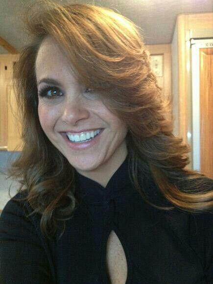 Lucero Will Make Telemundo Debut by Performing at Premios Tu Mundo ...