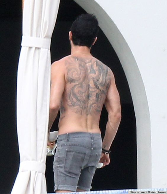 Justin theroux, Sexy back and Back tattoos on Pinterest