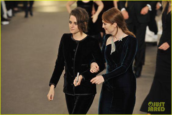 Kristen Stewart & Julianne Moore Team Up for Karl Lagerfeld at Paris Fashion Week!