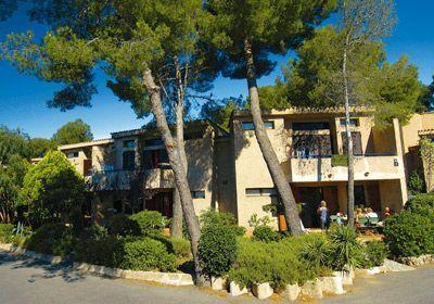 Résidence Les Mimosas à Saint Raphaël, promo séjour à la mer pas cher location Saint Raphaël Odalys prix promo Odalys Vacances à partir de 3...