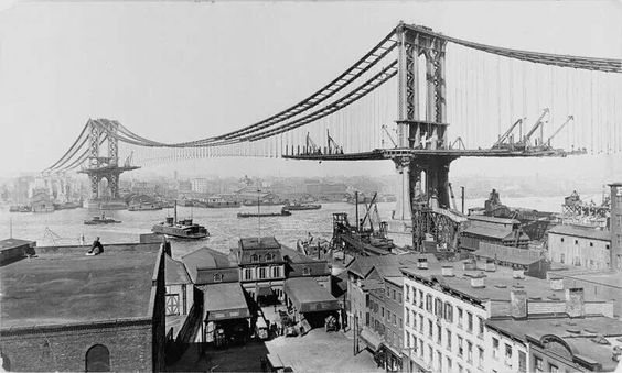 Construction of the Manhattan Bridge in 1909