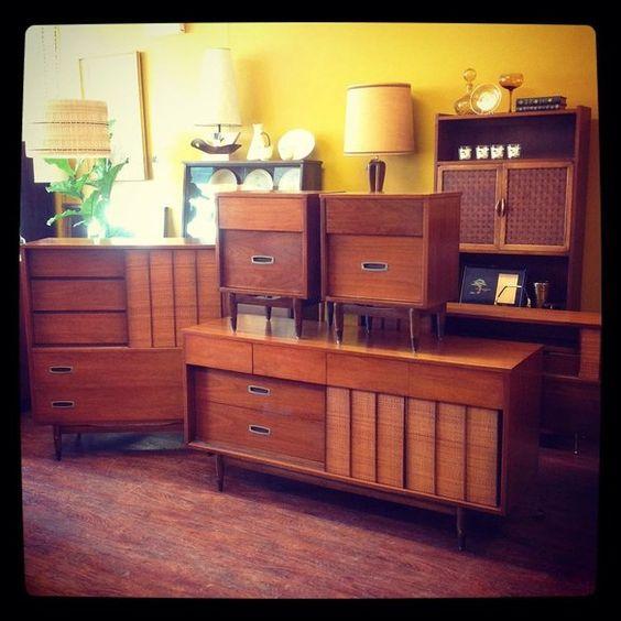 Hooker furniture mainline bedroom furniture chicago il for Furniture 60618