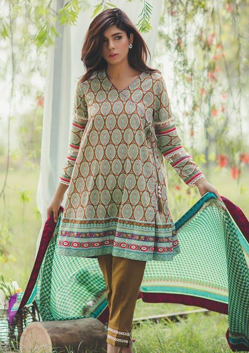 Stitching Styles Of Pakistani Dresses Grey printed Angrakha Style