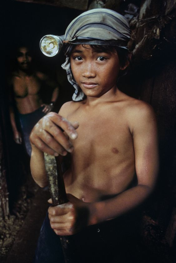research paper in child labor in the philippines A national policy study on child labour government policies affecting child labor in the philippines the paper provides and an agenda for further research.