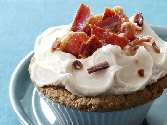 Maple French Toast and Bacon Cupcakes from #FNMag: Food Network, Cupcake Recipe, French Toast, Maple French, Cupcakes Recipe, Toast Cupcake, Maple Bacon Cupcakes