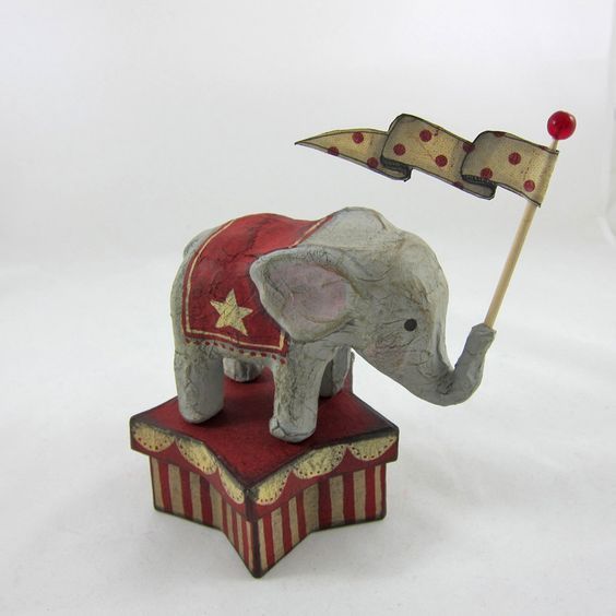 Baby Circus Elephant with Banner on Star-shaped Trinket Box via Etsy. (K.Batsel)
