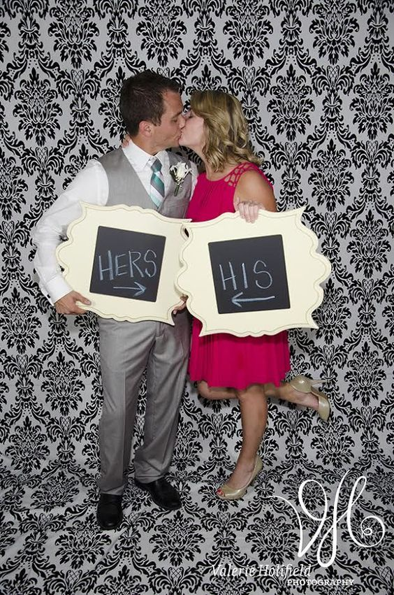 Add unique frames for a creative wedding photo booth.  | Photo by Valerie Holifield Photography | Frames via The Organic Bloom