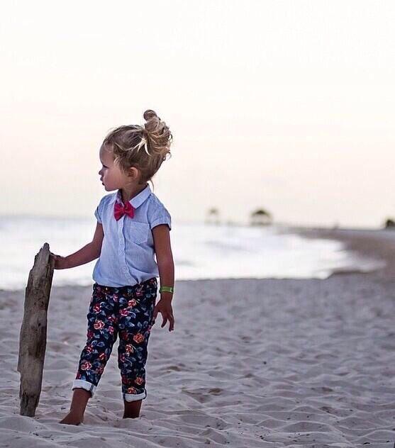 Mini beach babe