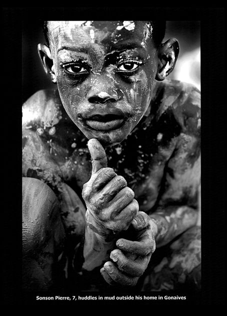 Pulitzer Prize Winner 2009 (Breaking News Photography) - Patrick Farrell,The Miami Herald - September 5, 2008