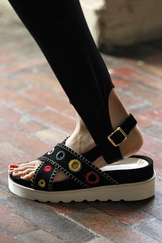 Top Sandals