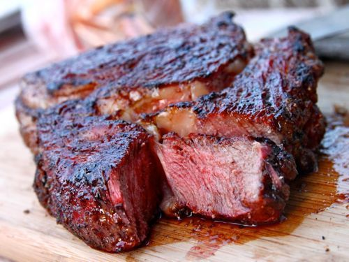 7 Old Wives' Tales About Cooking Steak That Need To Go Away - Neatorama