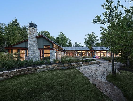 The Rock Cottage | Barry J. Hobin & Associates Architects Inc.