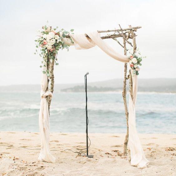 30 Bunte Mexiko Hochzeit Ideen Treibholz Hochzeit Bogen Mit Atherischen Stoffen Und Neutralen Beach Wedding Arch Rustic Beach Wedding Wedding Beach Ceremony
