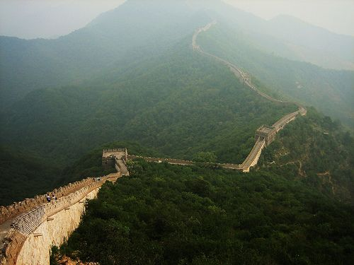 Gran Muralla China El Mayor Cementerio Del Mundo Great Wall Of China Wonders Of The World Tourist Places