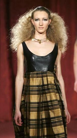 Fashion weeks AW2013-2014: http://aloa-chusmartin-and-ronnierodriguez.blogspot.com.es/