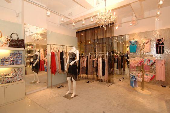 Mititique boutique fashion boutique interior with modern style cortina para vestidor shops - Cortina boutique ...