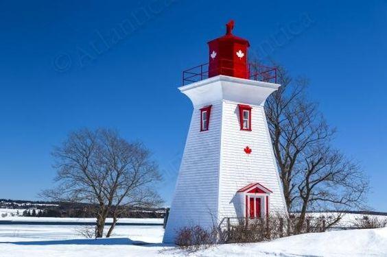 Victoria by the Sea Lighthouse   Atlantica Stock Photo http://buff.ly/1h0rZVJ #PEI #Symbiostock #winter #lighthouse pic.twitter.com/NqkWaK4ApK