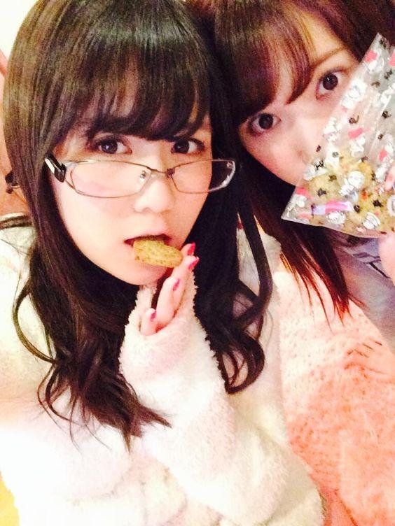 Twitter / sumire_princess: 二回公演、終わって帰宅^o^ しほりちゃんにクッキーもろたで あと4時間後には起床だ!!焦