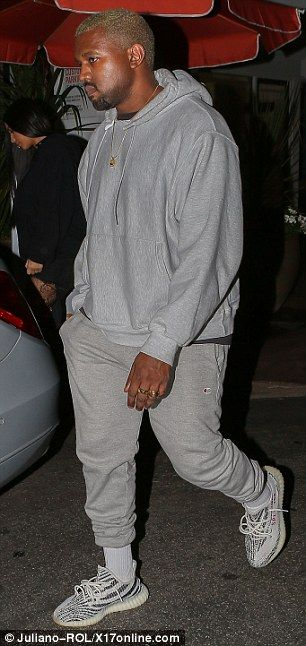 Kanye-West-Baggy-Joggers
