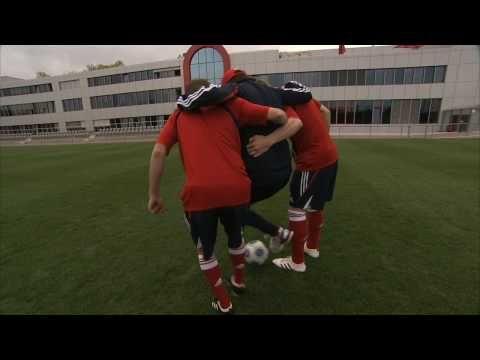 Ich kann Huckepack-Dribbeln wie Bastian Schweinsteiger! (FC Bayern München - adidas)