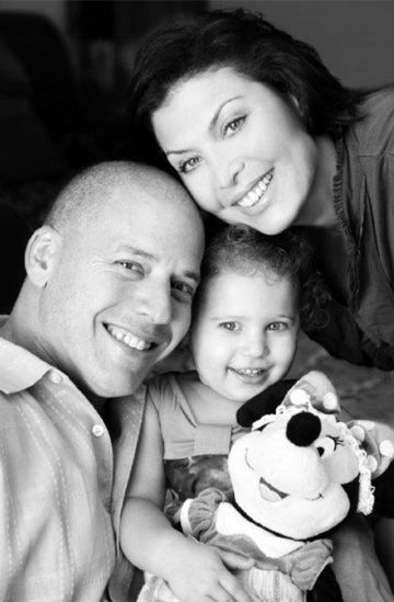 Love Lives On campaign raises awareness for acute myeloid leukemia. Anamazing fight for life.  Take a second to read her husbands story. - By Amanda