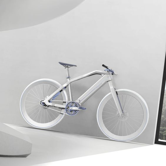Italian transport design studioPininfarinahas released its first electric bike, created withbicyclemakers Diavelo