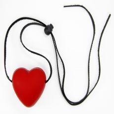 Mordaça feito em borracha e em formato de coração. Diferente e ideal para seus momentos.  http://gueixasexshop.com.br