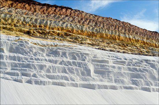 This quartz quarry is probably the most picturesque place in Kharkiv region of Ukraine