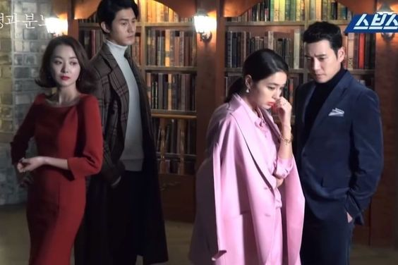 "Watch: ""Fates And Furies"" Cast Introduce Characters In Behind-The-Scenes Video For Poster Shoot"