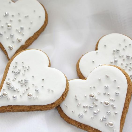We love these delicious cookies from the Cake Artist