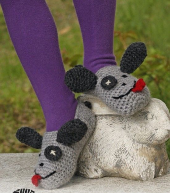 Free Crochet Patterns For Animal Slippers : Free pattern, Animals and Crochet slippers on Pinterest