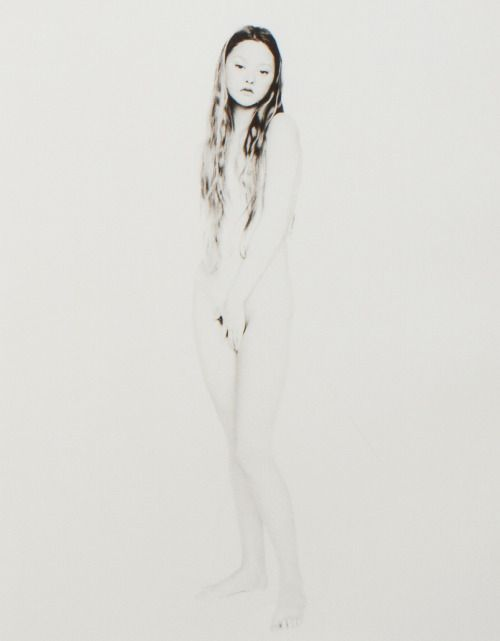 ejakulation:  Devon Aoki in Nudi by Paolo Roversi